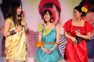 Maasa, Saki and Risako at the press conference