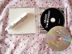 Arashi: Troublemaker CD & DVD