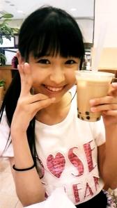 Shiori on the café <3