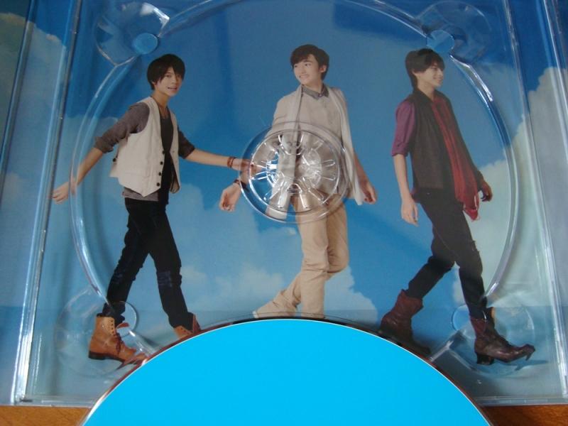 Close-up of CD holder image
